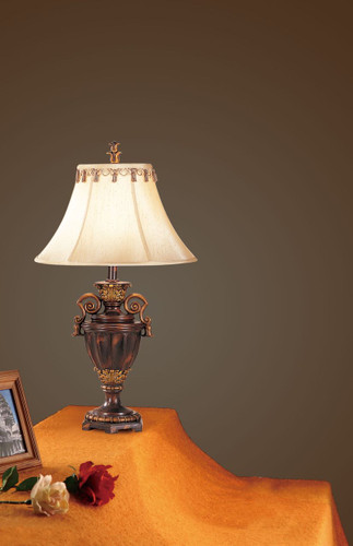"RESIN TABLE LAMP(32""H)"