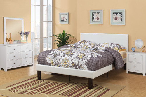 MODERN TWIN/FULL SIZE BED UPHOLSETERED IN WHITE FAUX LEATHER