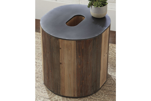 HIGHMENDER BROWN / BLACK ACCENT TABLE-A4000043