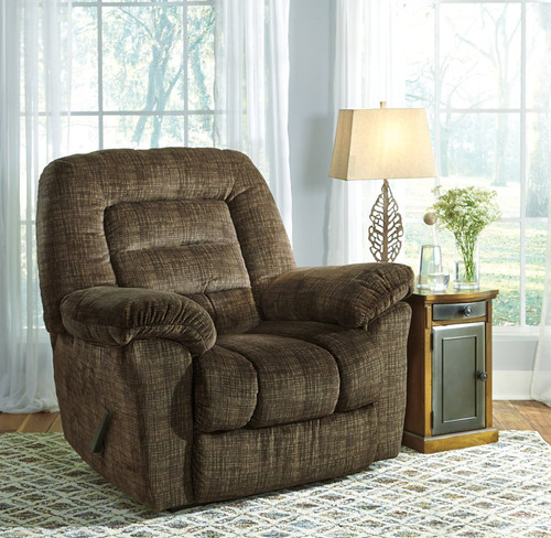 Hengen Mocha Big Man Wall Recliner