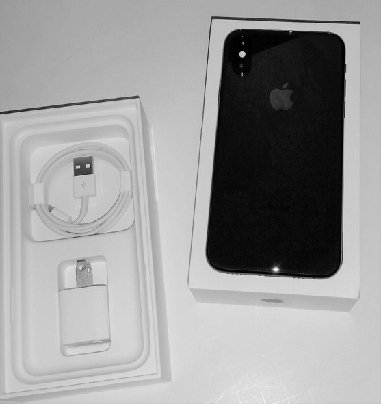 Apple iPhone XS - 64GB - Space Gray (Unlocked) A1920