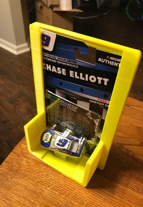1:64 Diecast Card & Car Protector