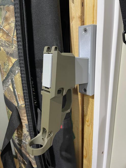 AR Wall Mount - Vertical Quick Access