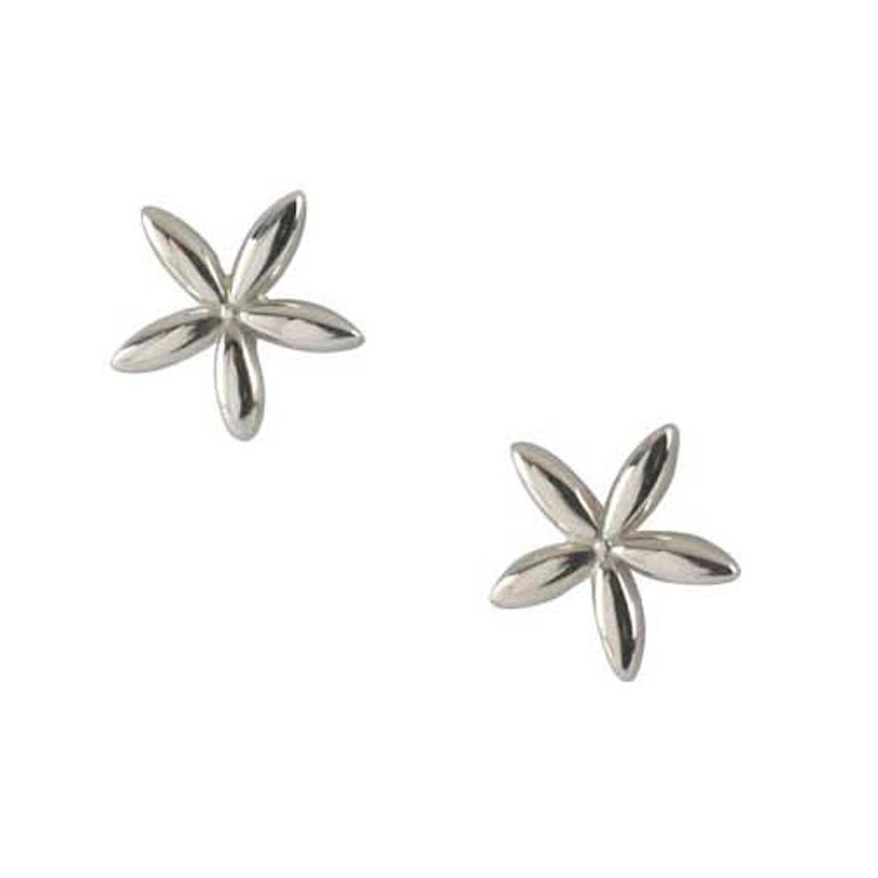 Silver flower shaped Stud Earrings