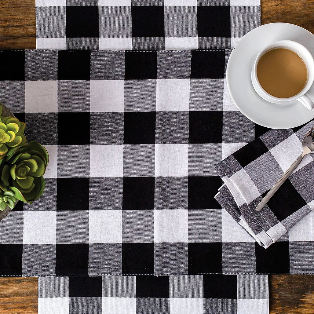 Franklin Buffalo Check Kitchen & Table Linens - Black and White  | The Shops at Colonial Williamsburg