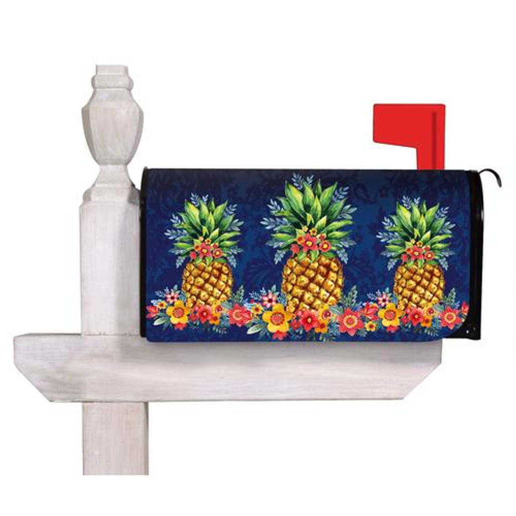 Pineapples and Flowers Mailbox Cover | The Shops at Colonial Williamsburg