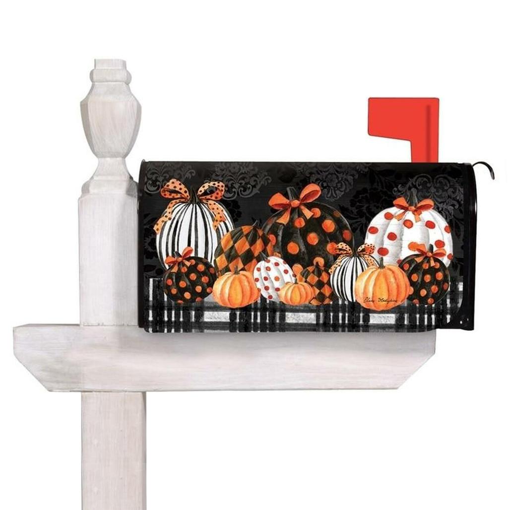Elegant Pumpkins Mailbox Cover | The Shops at Colonial Williamsburg