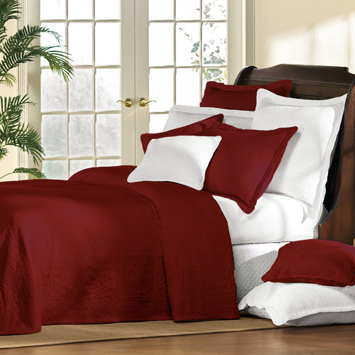 Cranberry William and Mary Bedding
