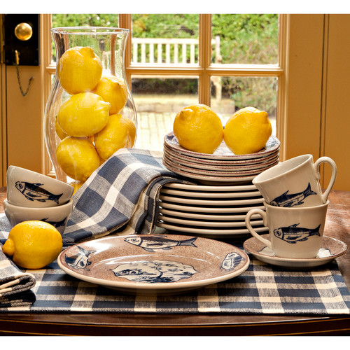 Colonial Williamsburg Shield's Tavern Dinnerware Collection
