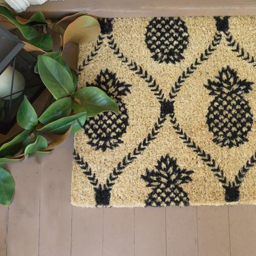 Black Pineapple Natural Coir Doormat