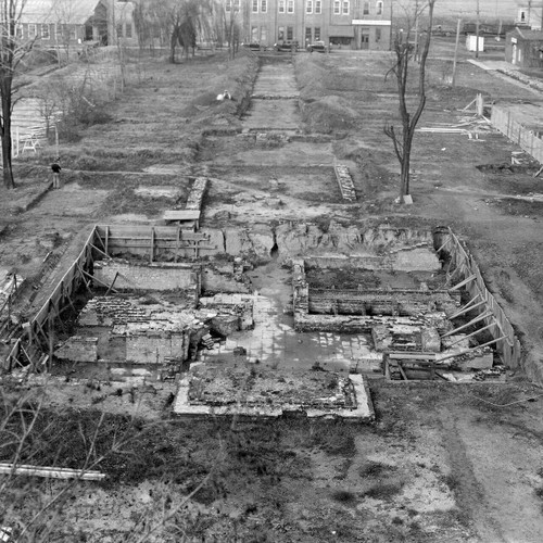 Restoring Williamsburg - Excavation of the Governor's Palace before
