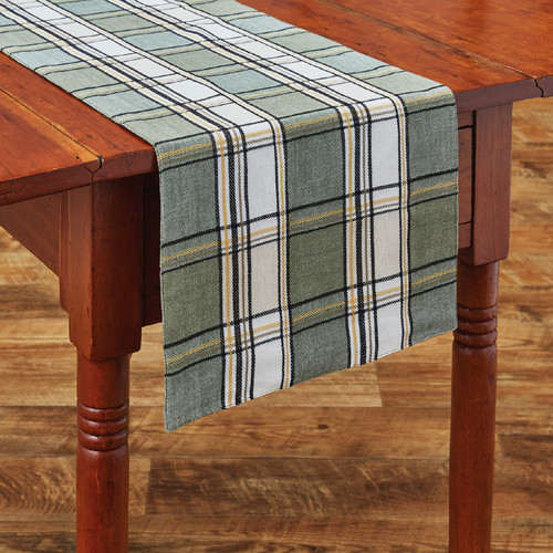 Mistletoe Plaid Table Runner
