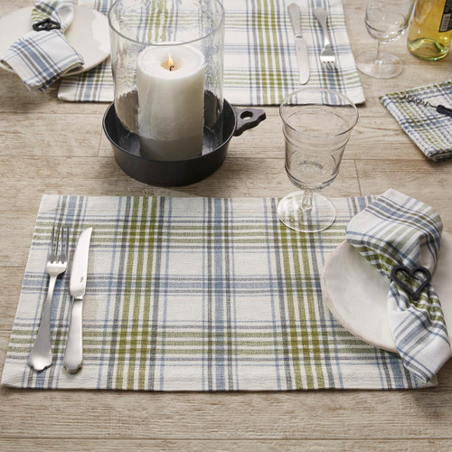 Hayslip Plaid Table Linens | The Shops at Colonial Williamsburg