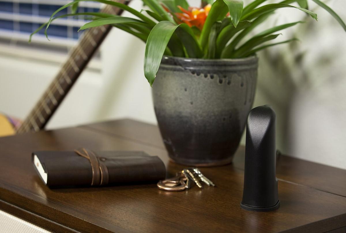weBoost Home Room Signal Booster Kit, Refurbished - 652120R