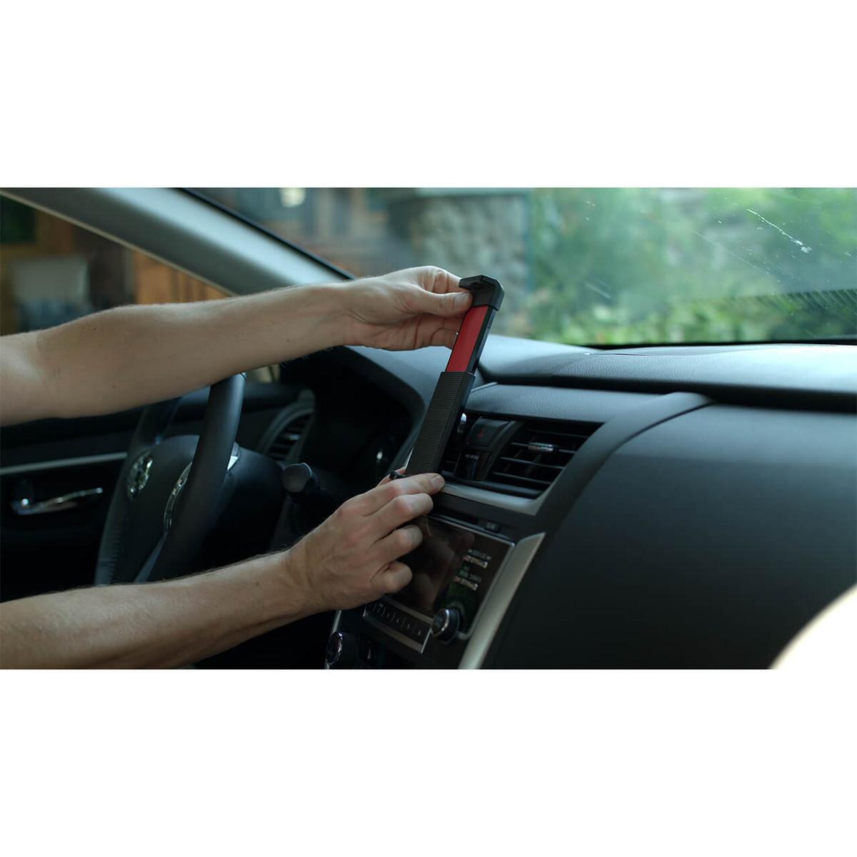 weBoost Drive Sleek OTR 4G Cell Phone Booster - lifestyle 03