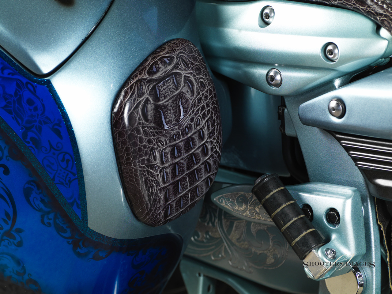 Blacksmith Phantom S Hard-bag for Star Roadliner and Stratoliner show with custom pad cover for perforated hidden audio speaker