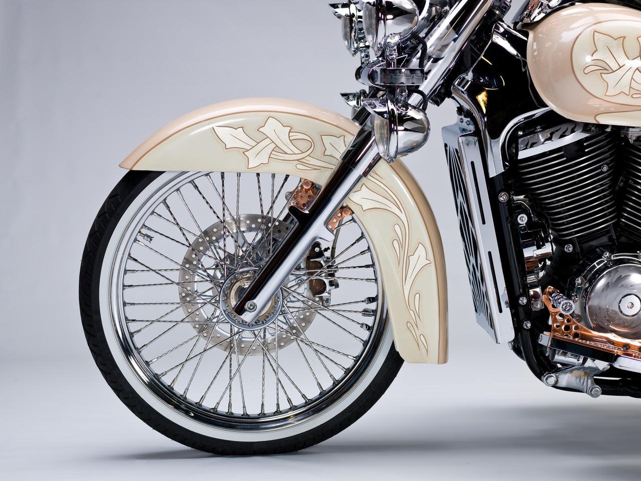 Blacksmith 21 inch front spoke wheel conversion Suzuki C50, Voluisa, VL800