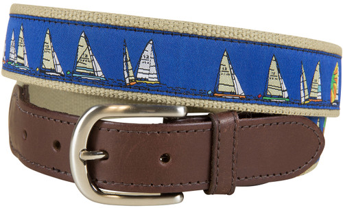 Rounding the Mark Leather Tab Belt | Blue