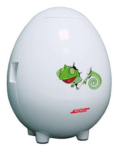 Lucky Egg Incubator Door Closed Image