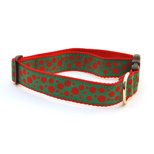 Polka Paws--Red on Green (Narrow Martingale)