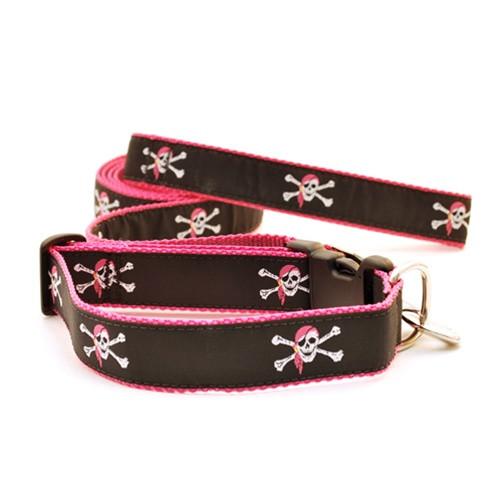 Skull & Crossbones--Pink (Narrow Martingale)