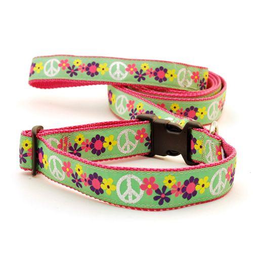 Groovy Peace (Toy Leash)