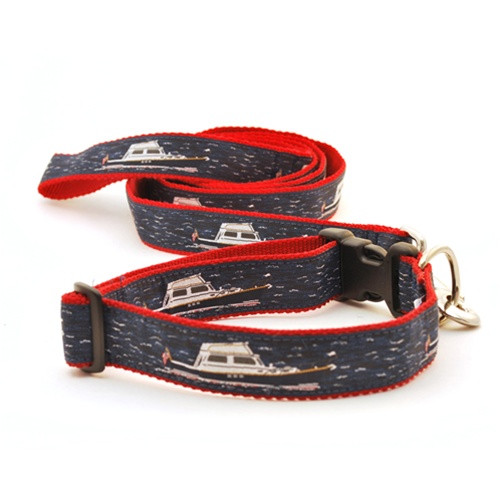 Power Boat (Wide Collar)