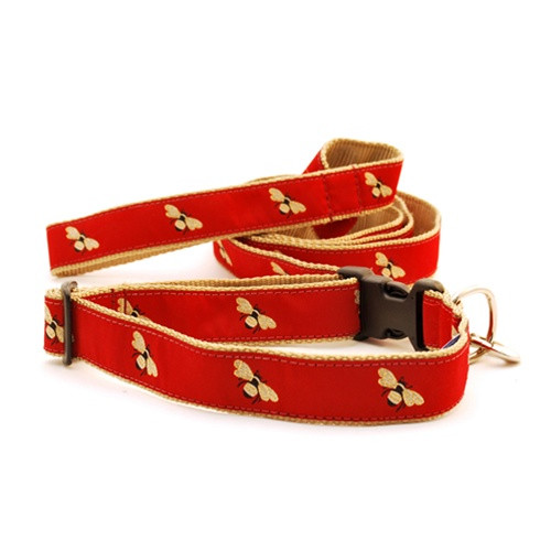 Bumble Bee on Burgundy (Toy Martingale)