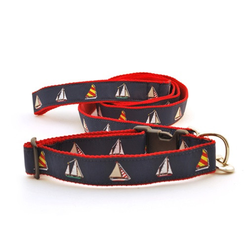 Four Sailboats (Wide Collar)