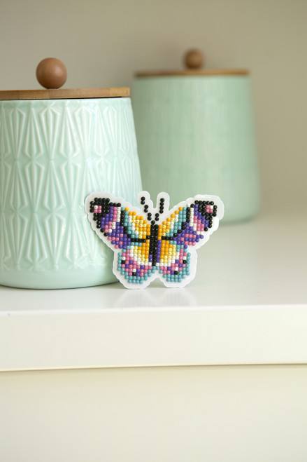 Kreative Kreations Make and Take 2019 Butterfly Card Kit Feat. Diamond Dotz