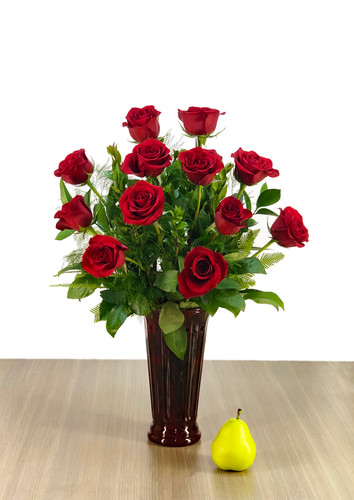 "the ""Elegant"" Single Dozen Red Rose Vase"