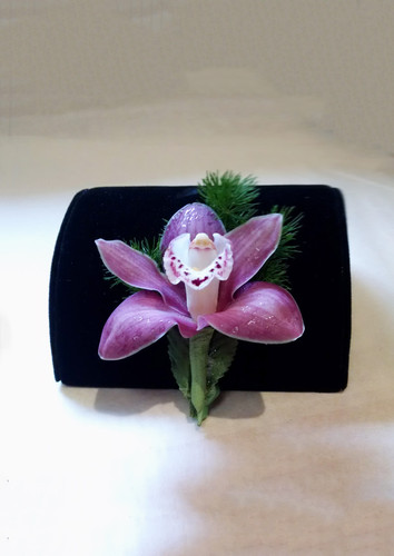 Orchid Boutonniere-Pick Up Only
