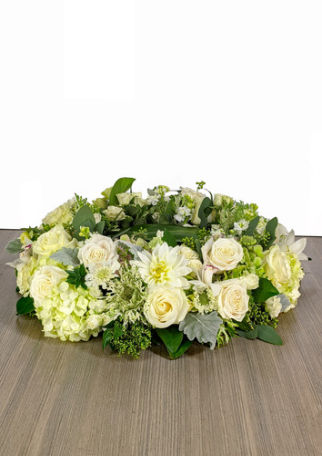 Cremation Urn Riser Memorial in Green & White