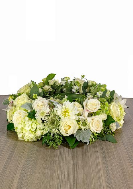 Cremation Urn Riser Memorial in Green & White