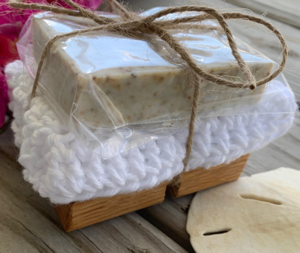 Gift set includes soap riser, handmade face cloth, and a full bar.