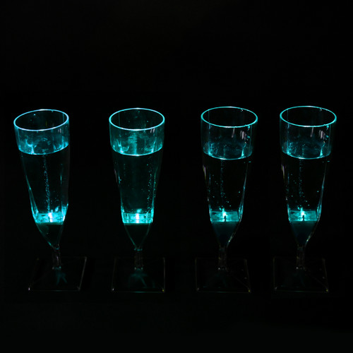 Liquid Activated Champagne Cups - Blue 4 Pack