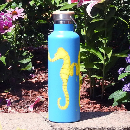 Beachcomber Blue Water Seahorses Stainless Steel Water Bottle beachcomber blue water flamingo flip flops