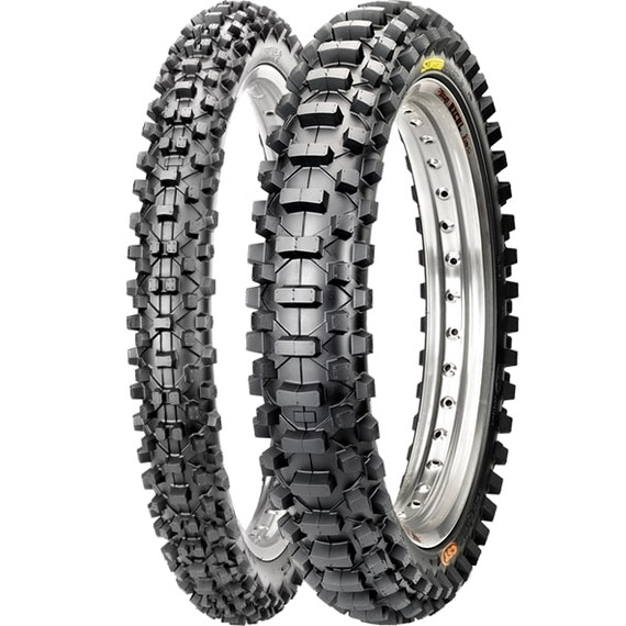 CST C7217/C7218 Surge S Tire