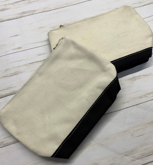 WHITE AND BLACK TOILETRY POUCH