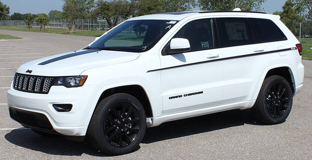 front angle of 2019 Jeep Grand Cherokee Side Decals PATHWAY 2011-2020