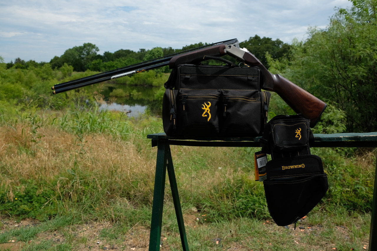 """Browning 725 Sporting 410 gauge with 32"""" barrels with Browning Black & Gold Shooting Bag & Shell Pouch"""
