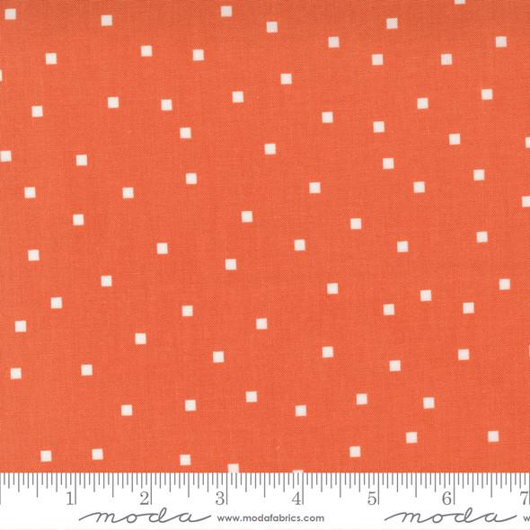 Strawberry white square fabric - Make Time Moda Fabrics quilt cotton