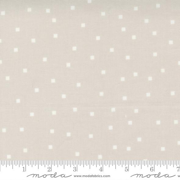 Cloud white square fabric - Make Time Moda Fabrics quilt cotton QTR YD