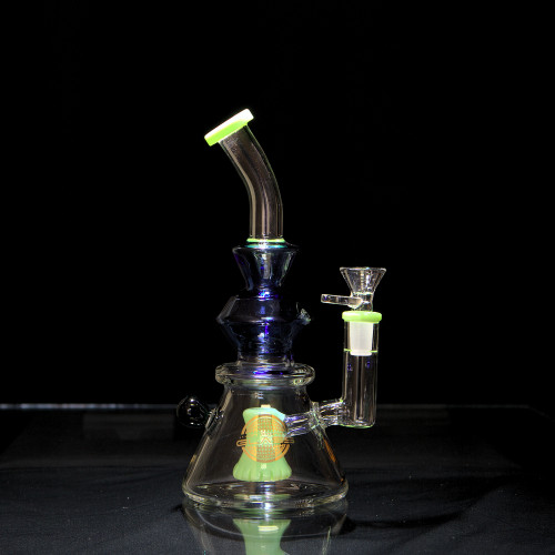 On Point Glass Mid Bent Neck Water Pipe