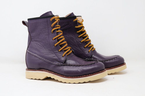 Boots, moc toe, purple, violeta, Womens 8, unisex, oil & slip resistant soles, white soles, high top boots, custom boots, custom boot sizes, made to order boots, handmade leather boots, work boots, el gato montes