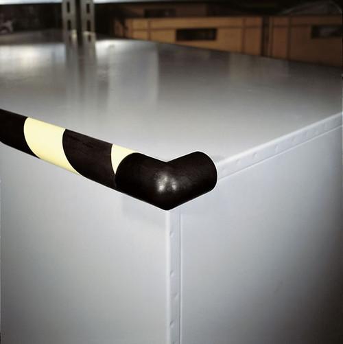 American Permalight Type 2D Corner Protector- 1-875 inch x 1.5 Inch Black - 82-0970