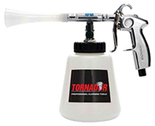 Tornador z010