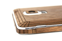 Note 4 (SGN4) Walnut edge view