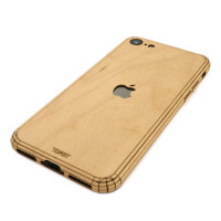 Toast wood iPhone SE (2nd gen) cover in maple.