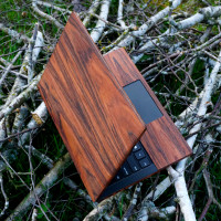 Rosewood wrap for Dell XPS laptop by Toast.